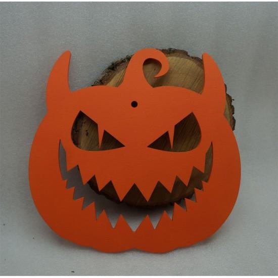 Тыква на Хэллоуин зубастая